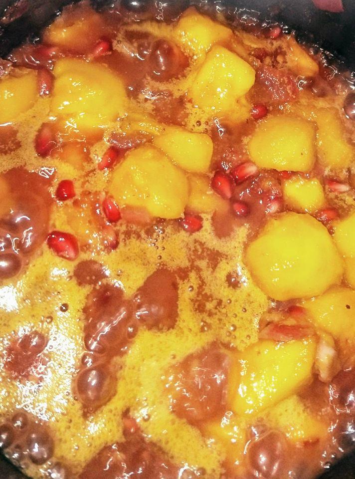 Smoky Chicken with Pomegranate and Mango Chutney