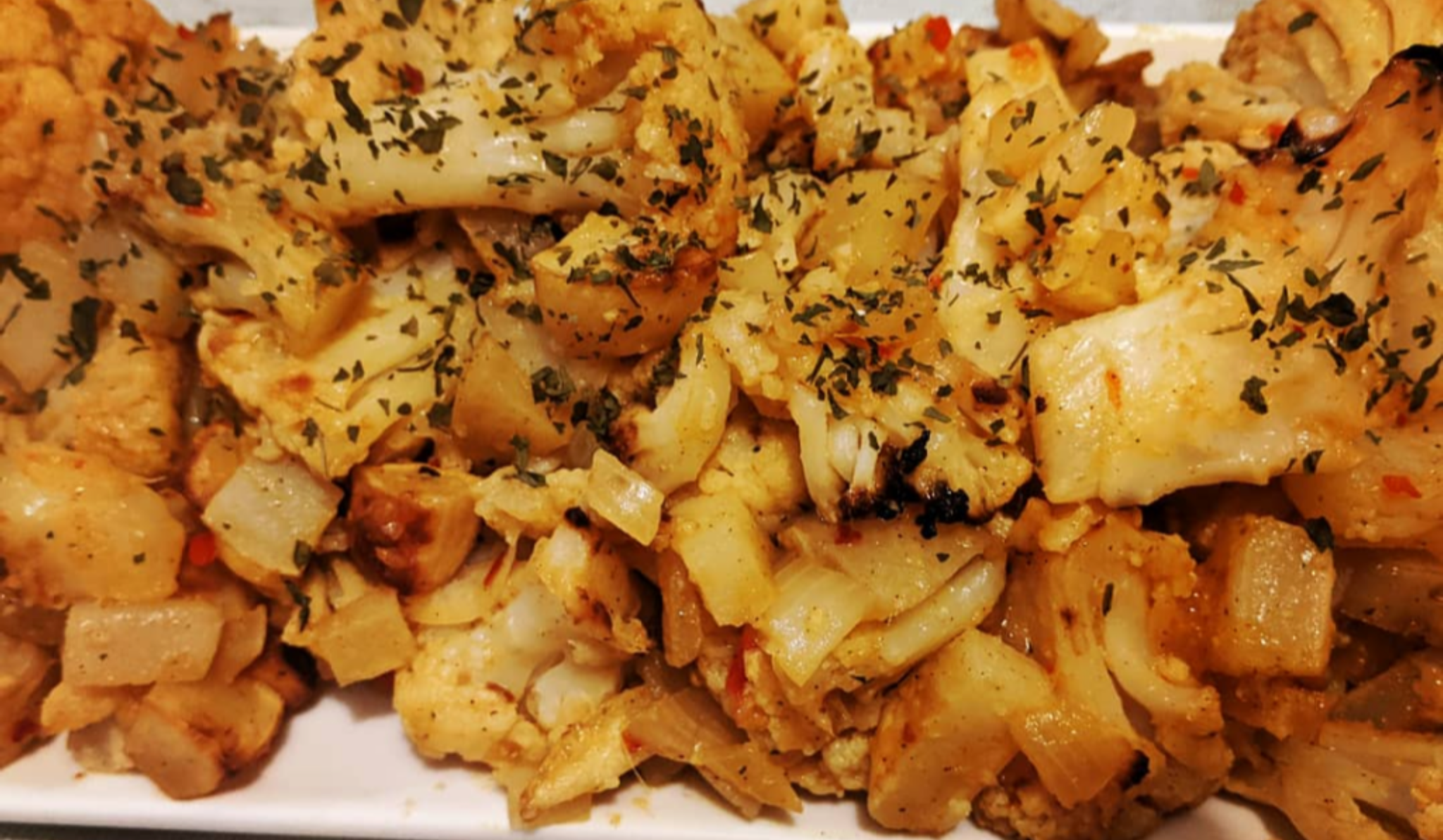 Spicy Cauliflower and Potato (Aloo Gobi)